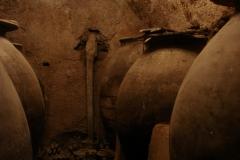 Tinajas-Cueva-copia-copia-copia-copia-scaled